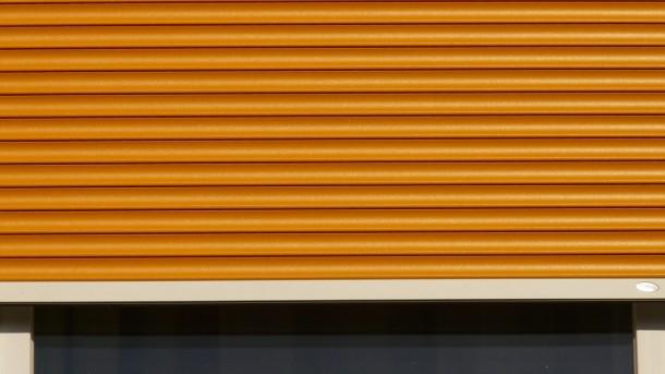 roller-shutter-8496_1280
